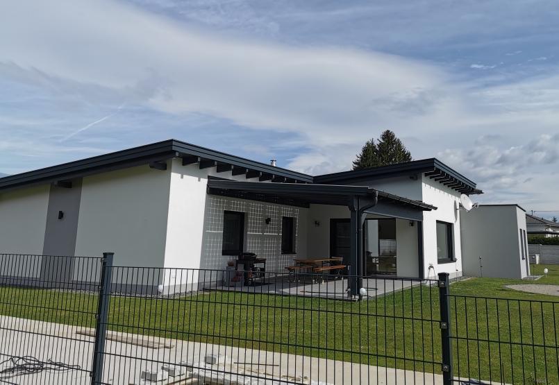 Einfamilienwohnhaus N-F in Srejach